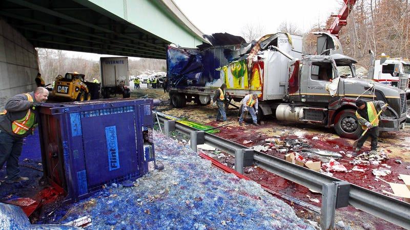 Illustration for article titled The ten weirdest highway spills