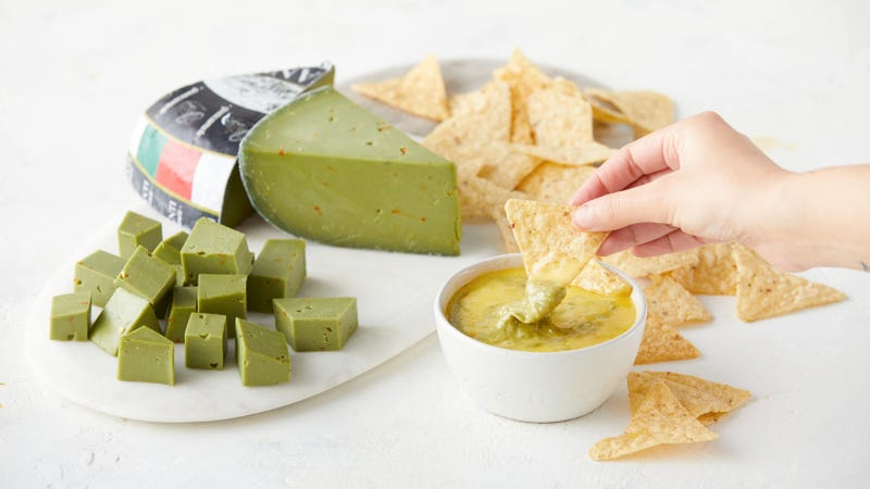Illustration for article titled Guacamole cheese is here for your Cinco De Mayo mashup