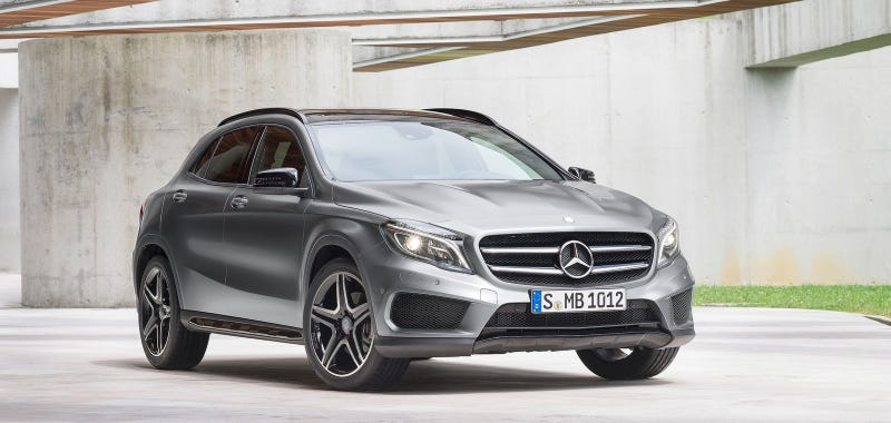 what s the best new entry level luxury car