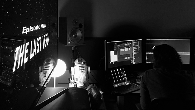 director rian johnson had to wait until this morning to complete the last jedi s opening crawl
