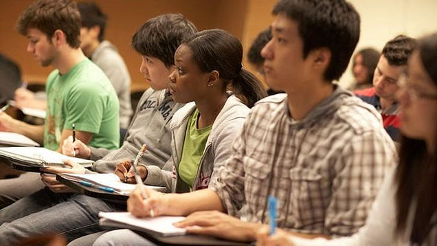 Take Note Of These 10 Things If You Want To Accelerate: What To Write Down During A Class Lecture