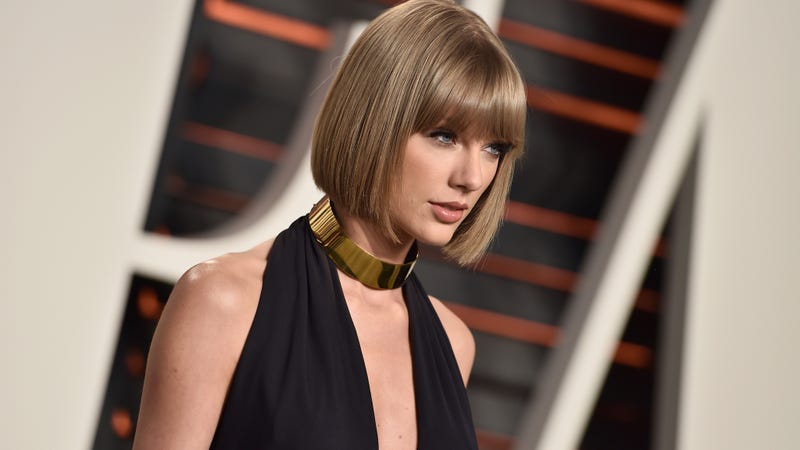 Illustration for article titled Radio Host Accuses Taylor Swift of Slander in Groping Lawsuit