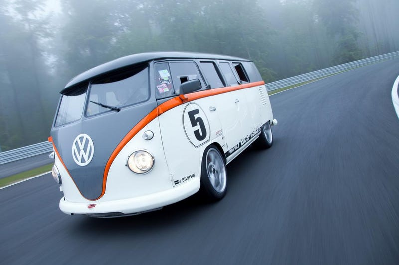 Illustration for article titled VW Camper Race Taxi