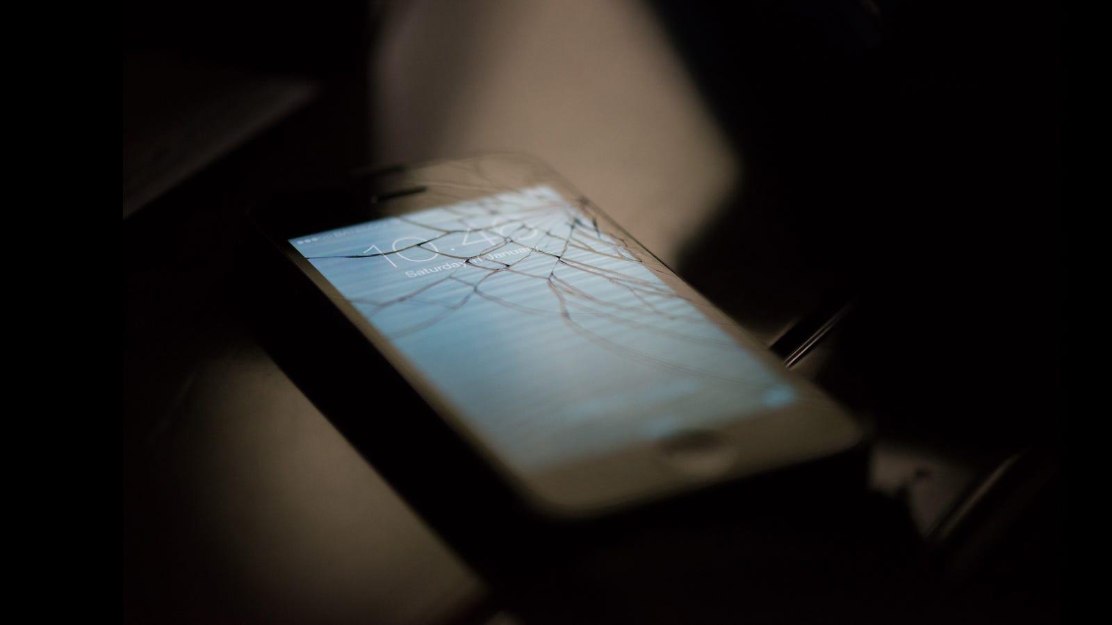 Apple Just Made its Top Secret iPhone Screen Repair Machine a Little Less Secret