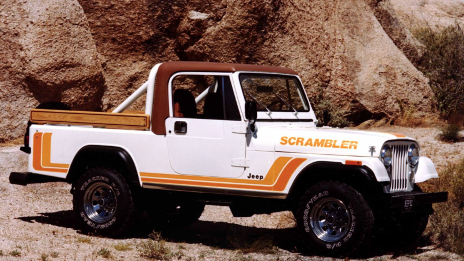 The New Jeep Wrangler Truck Is Called Scrambler And It Has A Sel