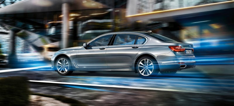 Illustration for article titled All The Interesting New Technology On The 2016 BMW 7-Series