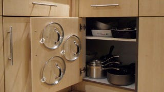 Pot Lids Have To Be One Of The Most Difficult Things To Organize In A  Kitchen Cabinet, But This Super Simple Trick Will Keep Your Pot Lids  Organized For ...