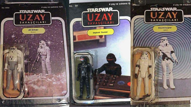 Illustration for article titled Batshit Crazy Fake Star Wars Figures are Cooler Than Real Ones
