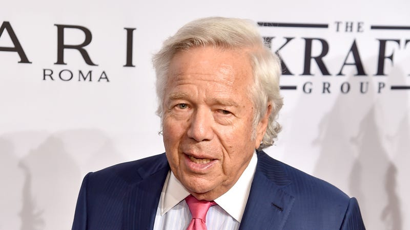 Illustration for article titled Robert Kraft Might Appear In A Courtroom After All