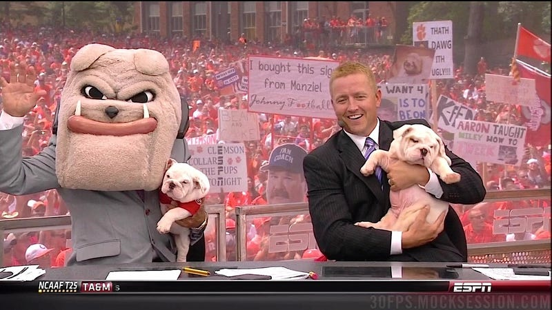 Illustration for article titled OMG Puppies!: Your College Gameday Sign Roundup