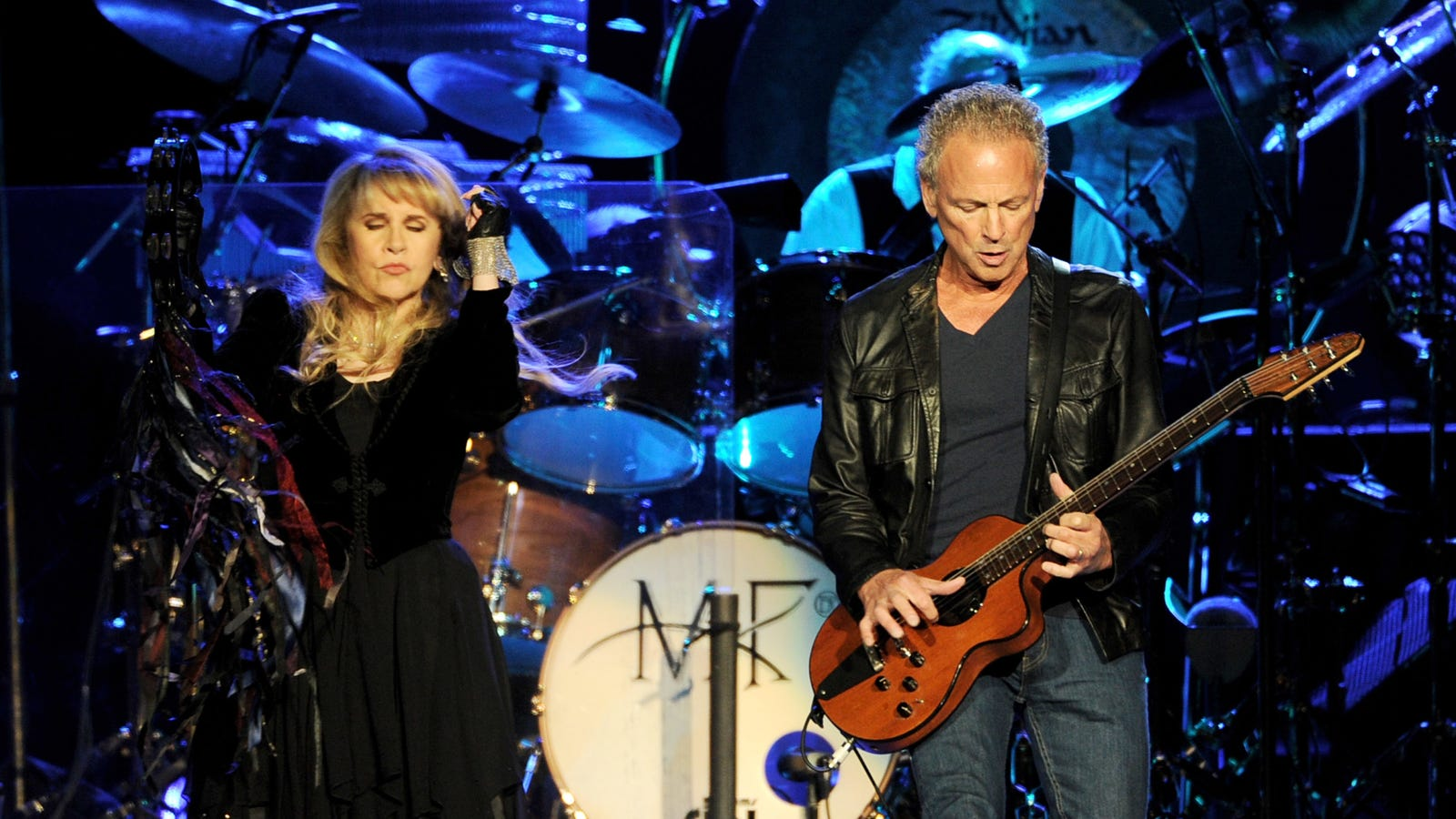 The hottest celebrity beef of 2018 is between Lindsey Buckingham and Stevie Nicks