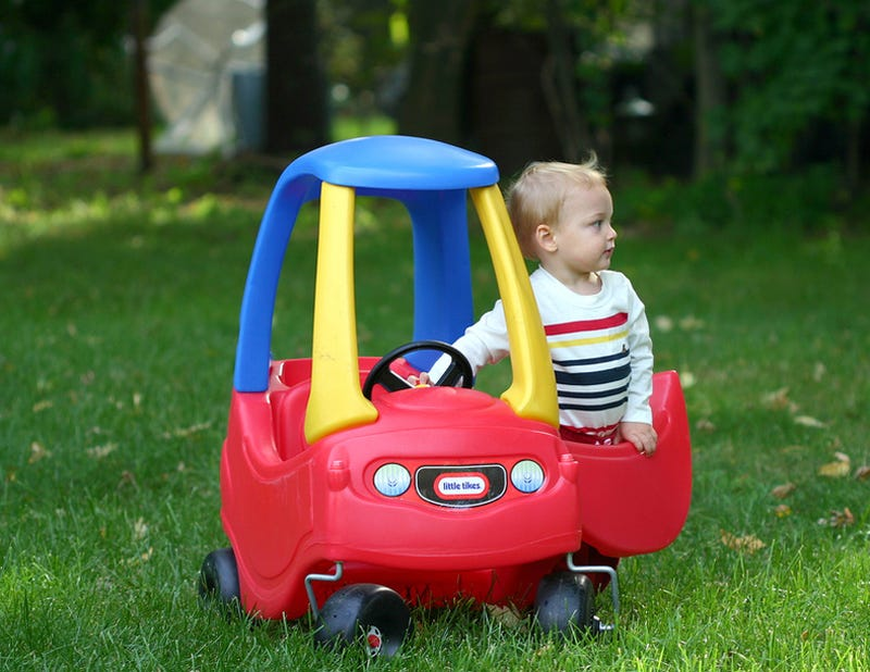Little tikes cozy coupe the best selling car in america - Little tikes cosy coupe car best price ...