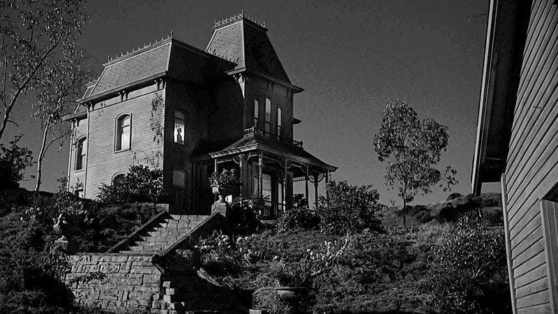 Still of house from Alfred Hitchcock's film *Psycho*
