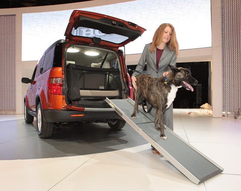 Illustration for article titled Honda Element Dog Friendly Concept Is For The Dogs