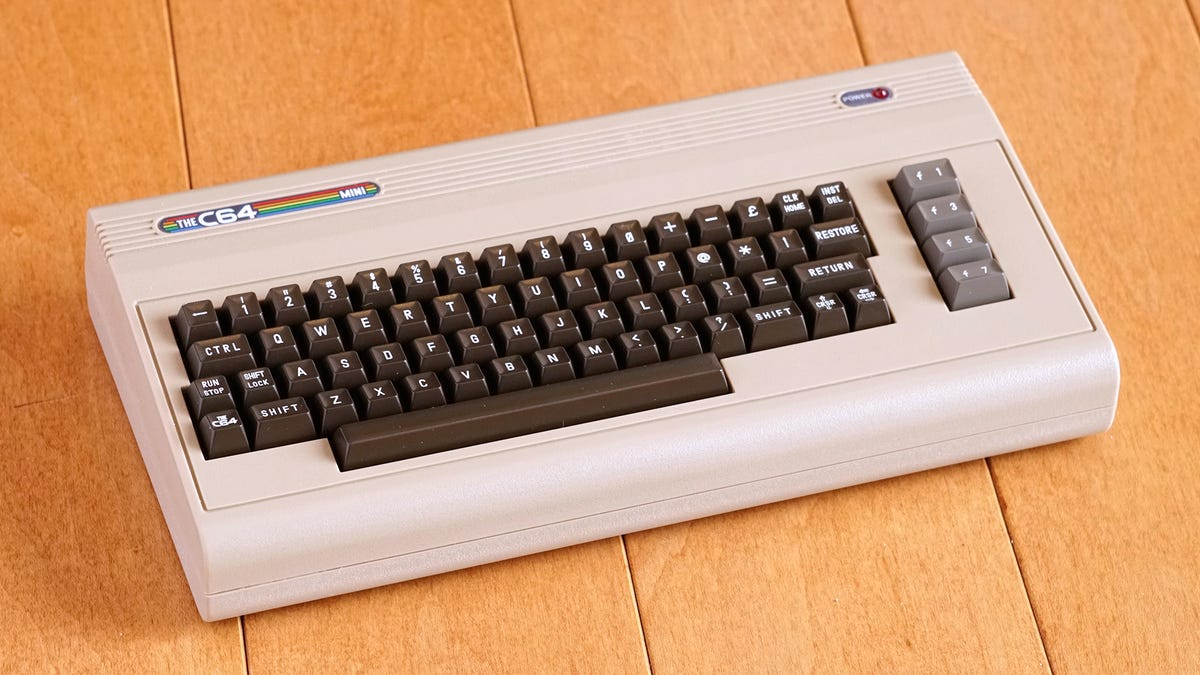 This Tiny Clone Perfectly Recreates the Commodore 64 Gaming