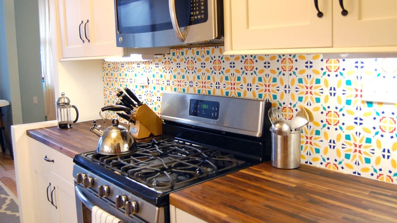 install a rental friendly removable custom kitchen backsplash