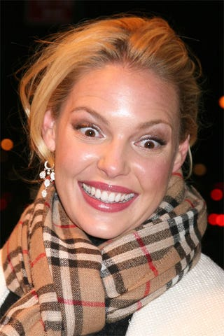 Illustration for article titled The Latest Look For Katherine Heigl: Crazy Eyes