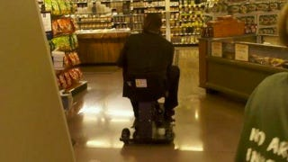 Illustration for article titled Photoshop Contest: Ryan Howard At A Food Store In A Motorized Scooter