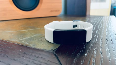 Fitbit Inspire HR Review: Functionally Great, Lackluster Design