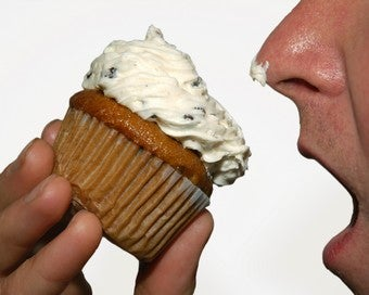 Illustration for article titled Three Cheers For Dudes Secure Enough To Eat Cupcakes