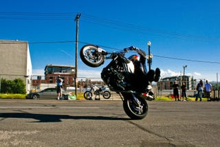 Illustration for article titled 4 Reasons Ex-Stunters Are Better Riders