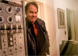 Illustration for article titled Dan Aykroyd, Paranormal Researcher and Ghostbuster
