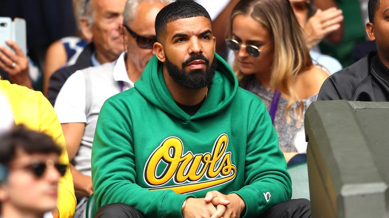 Illustration for article titled Drake is pivoting to esports, apparently