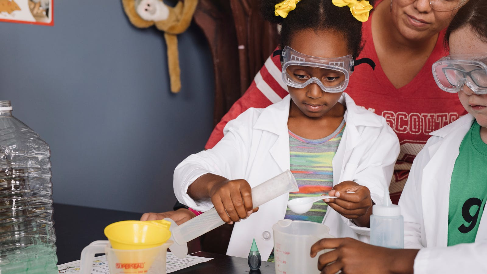The Girl Scouts Looks Toward the Future With 30 New Science, Tech, and Environment Badges