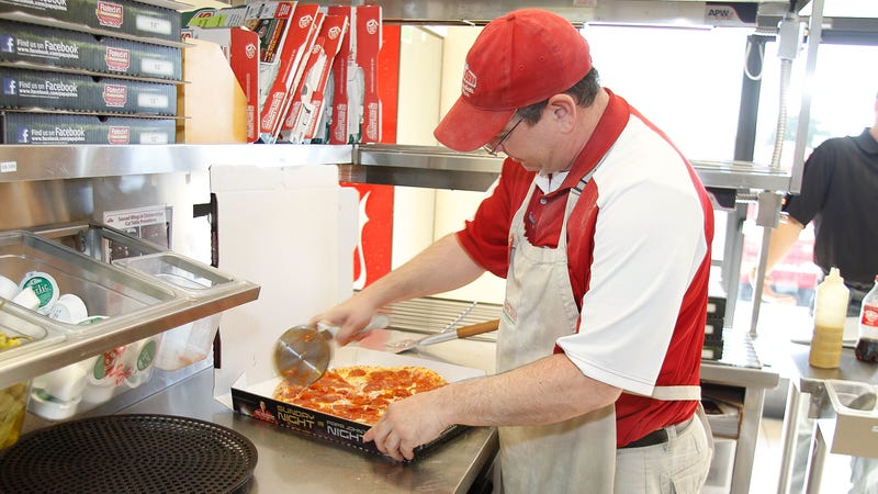"""Illustration for article titled Papa John's is no longer the """"official pizza of the NFL"""""""