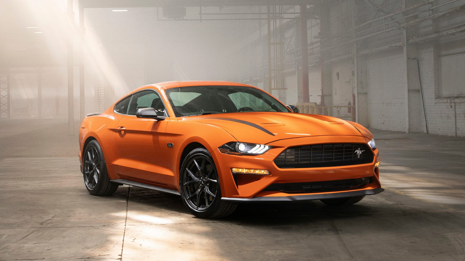 ford mustang  high performance package  set