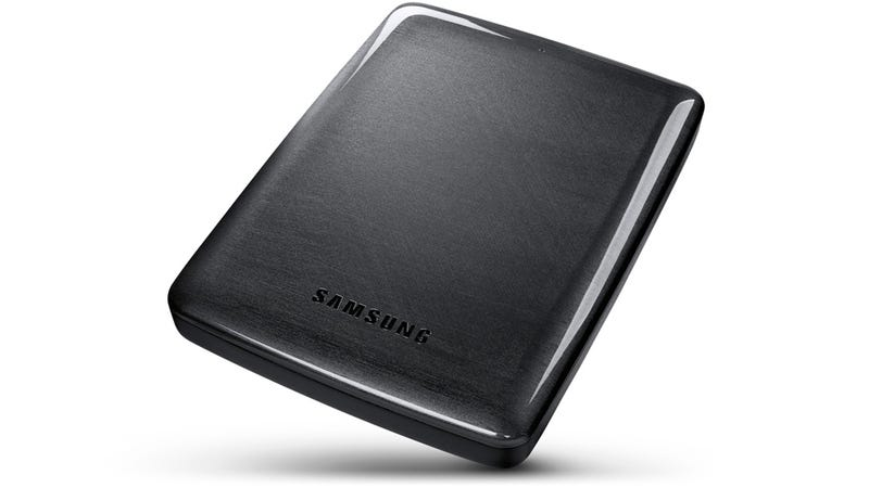 Illustration for article titled The World's Thinnest 4 TB External Drive Doesn't Need Extra Power
