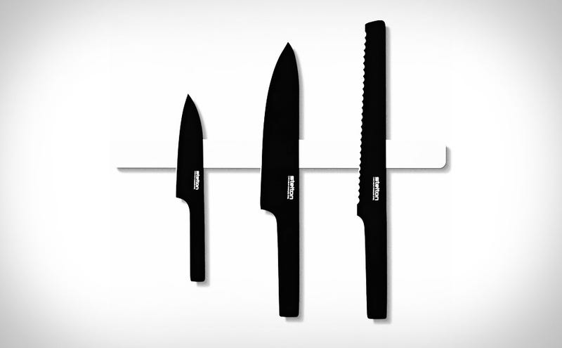 Illustration for article titled You Might Not Be Able to Cook, But These Knives Make You Look Damn Good Doing It