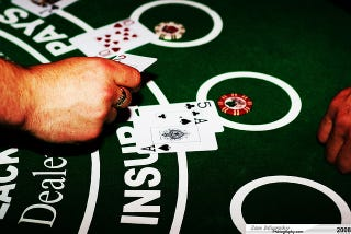 Illustration for article titled How Casinos Use Design Psychology to Get You to Gamble More