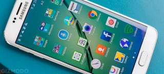 Illustration for article titled Someone Is Finally Suing Samsung Over Its Bloatware