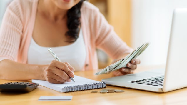 Should You Focus on Cutting Expenses or Growing Your Income?