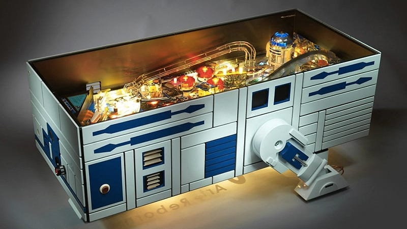 Illustration for article titled All Your Home Really Needs Is This R2-D2 Pinball Machine Coffee Table