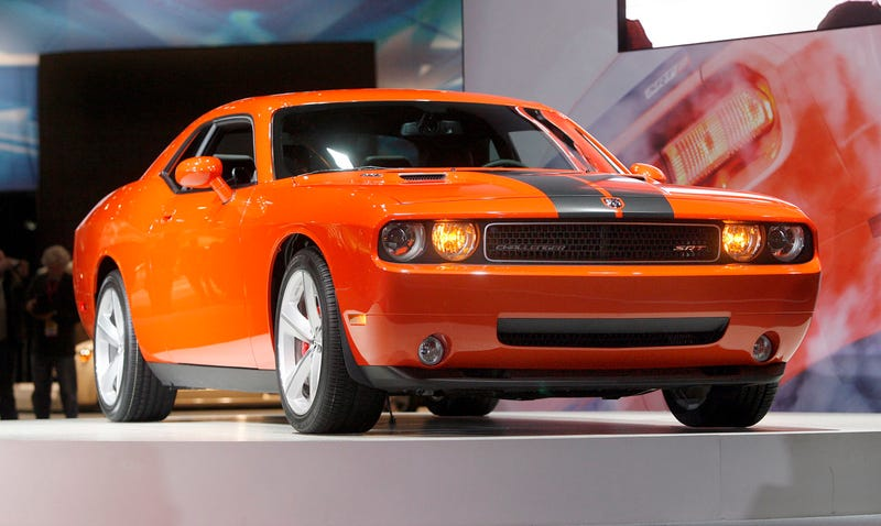 Illustration for article titled Chicago Auto Show: 2008 Dodge Challenger SRT8 Live And In The Shiny Orange Flesh