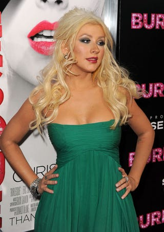 Illustration for article titled Christina Aguilera Is NOT Happy About Those Leaked Photos