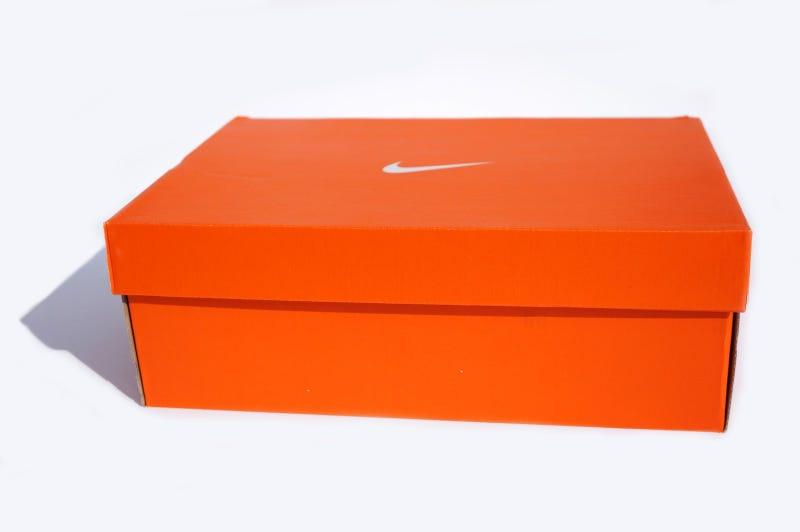 Illustration for article titled I've purchased a shoebox