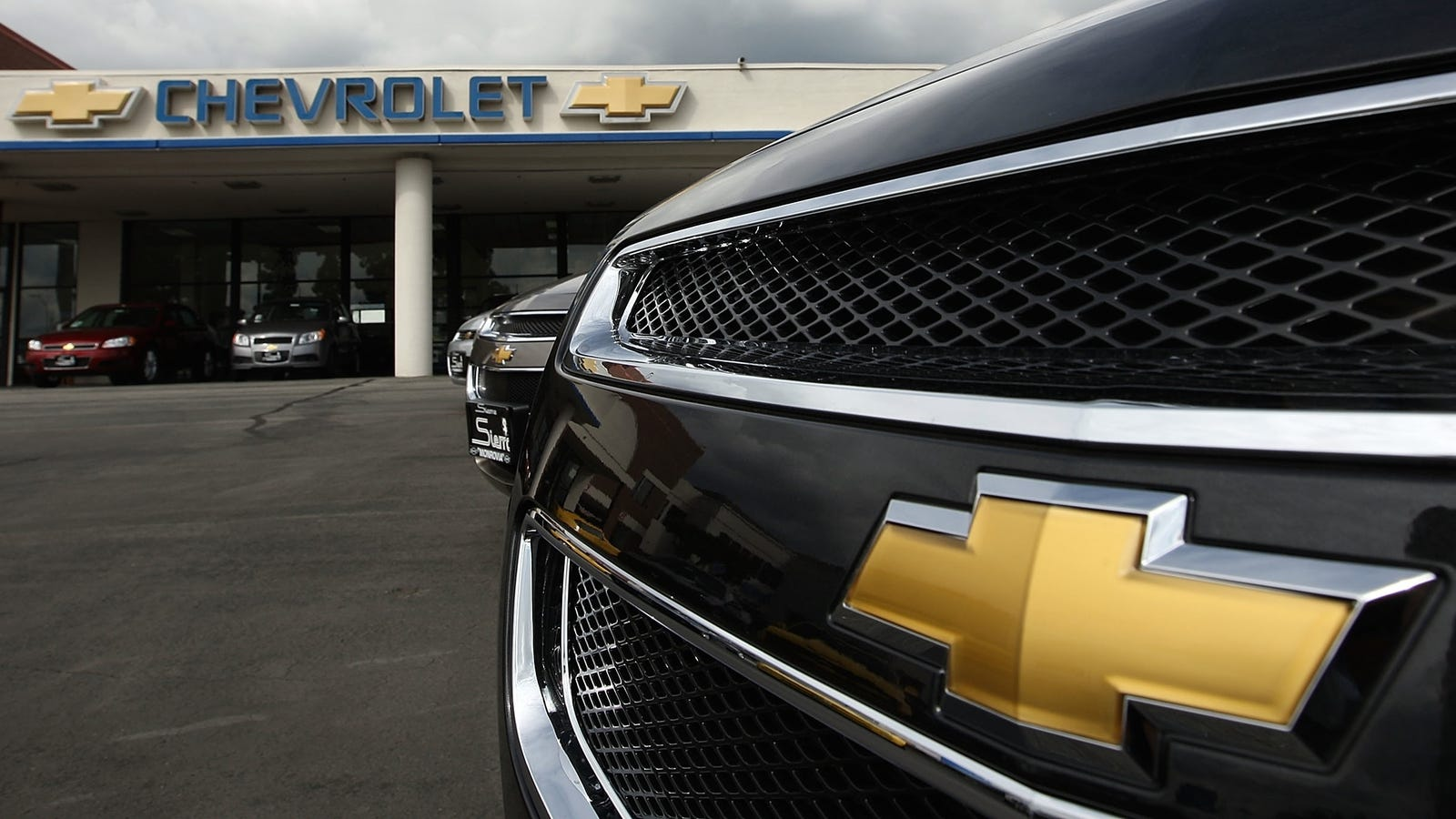 Two GM Engineers Put On Paid Leave Because Of Ignition Switch Recall