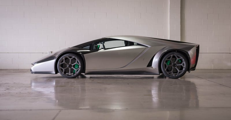 This Wild 1 5 Million Lamborghini Redesign Comes From Japan And