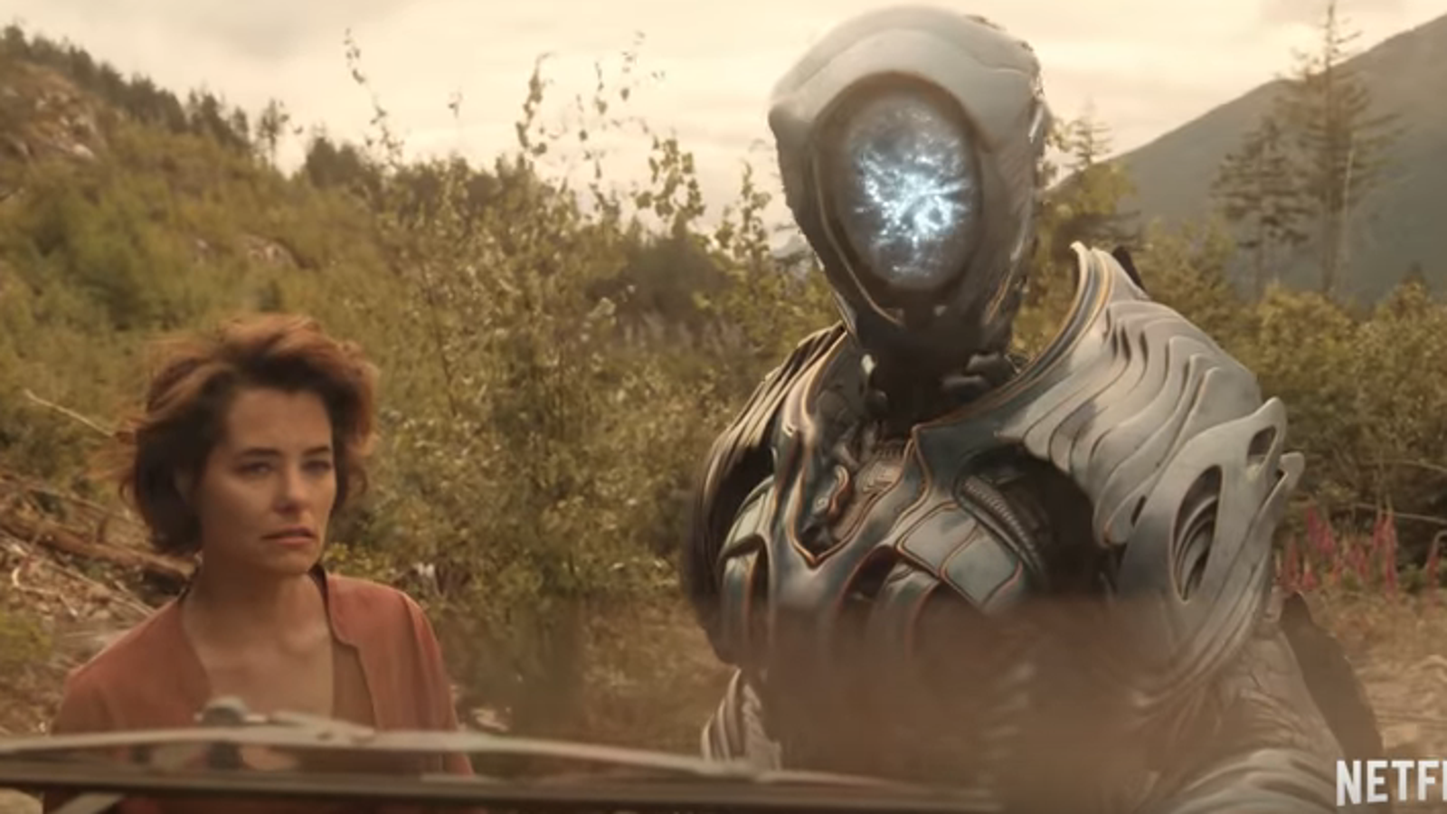 The full trailer for Netflix\'s Lost In Space finally shows us the robot