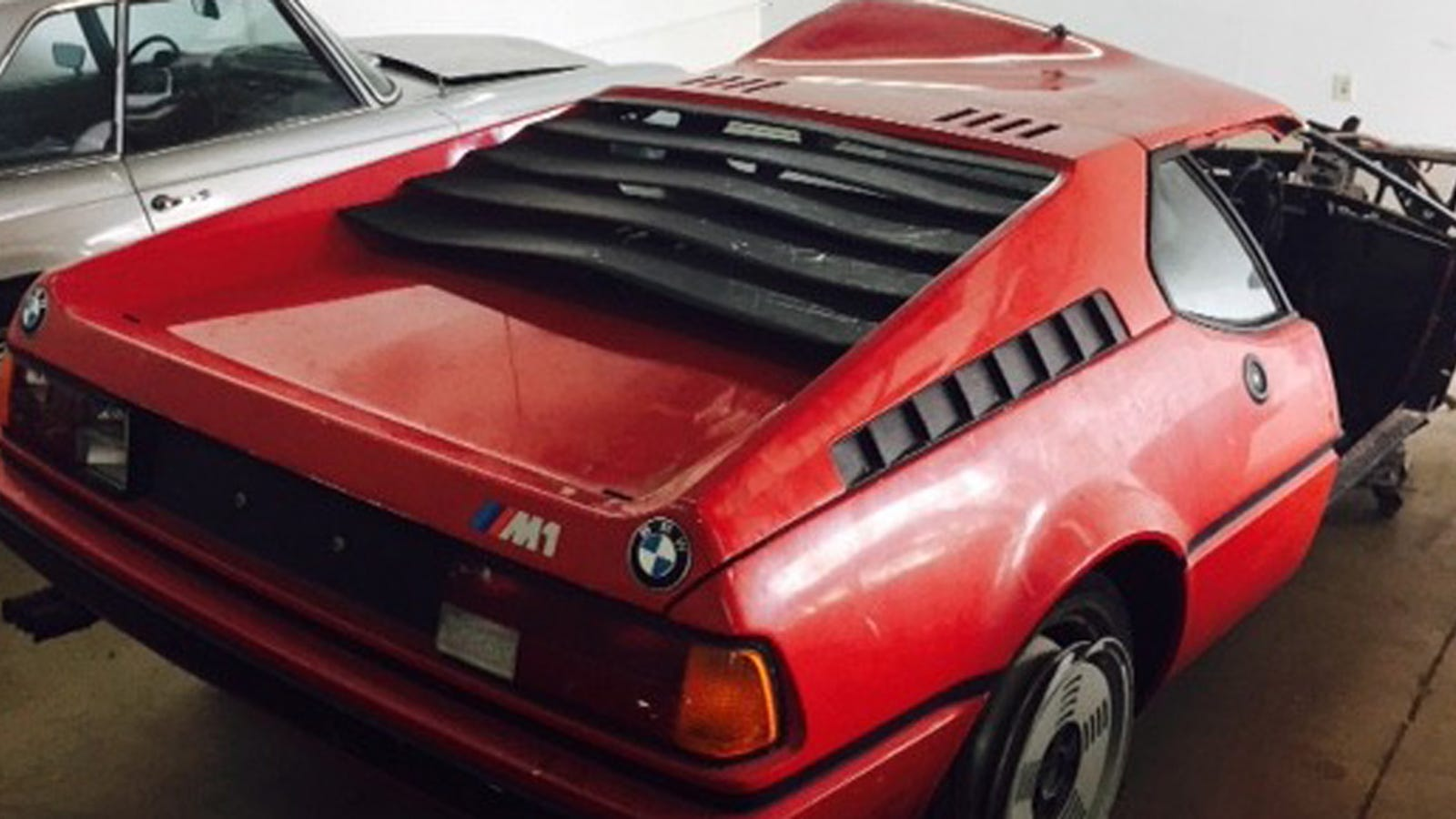 Somebody Bought This Totally Wrecked 1980 BMW M1, Maybe For $125,000