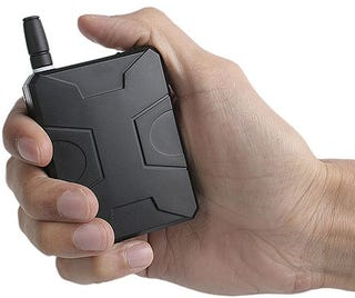 Illustration for article titled Palm-Sized Cellphone Jammer Gives Public Gabbers the Smackdown