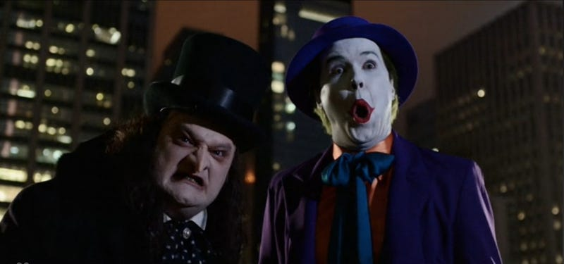 Illustration for article titled SNL Begs Michael Keaton To Play Batman (And Beetlejuice) With Us All