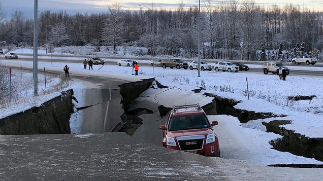 After 7.0 Earthquake Shakes Alaska, Governor SaysImpact Could Last 'Quite Some Time'