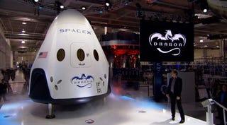 Illustration for article titled SpaceX Dragon V2, la nave capaz de llevar a 7 astronautas al espacio