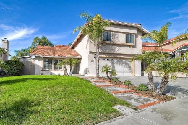 Paranormal activity house sold ghosts not included - 4 bedroom house for sale san diego ...