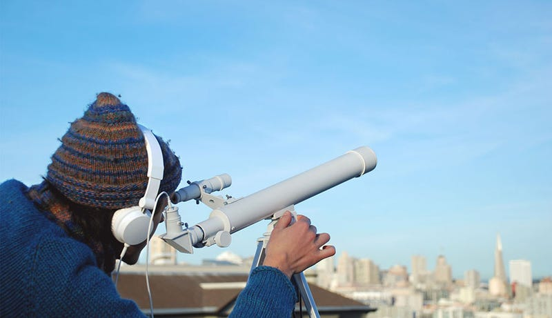 Illustration for article titled This Wacky Telescope Lets You Listen To What You're Looking At