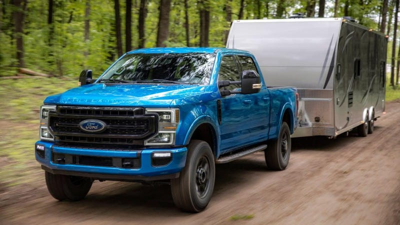 Illustration for article titled Why The Ford Super Duty's 7.3-Liter V8 Makes Only 430 HP And 475 LB-FT Despite Being Gigantic